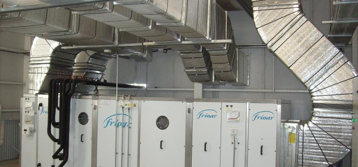 LIF Laboratorio Industrial Farmacéutico, con equipos FRIOAR